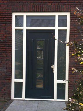 https://www.leonpeterskozijnen.nl/wp-content/uploads/2015/04/voordeur-Reusel-e1531159345888.jpg