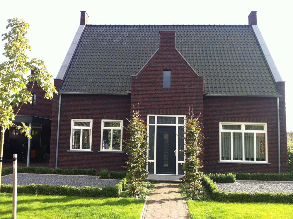 https://www.leonpeterskozijnen.nl/wp-content/uploads/2015/05/Reusel.jpg