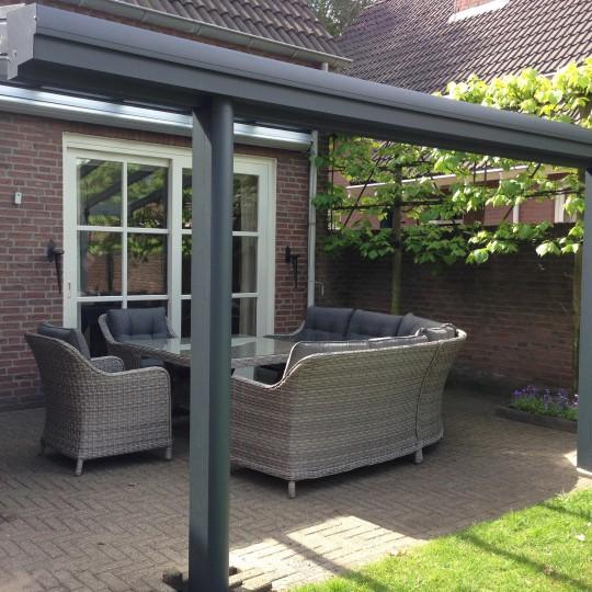 https://www.leonpeterskozijnen.nl/wp-content/uploads/2015/05/overkappingen-peters-kozijnen-1-540x540.jpg