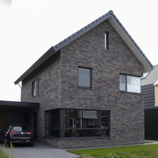 https://www.leonpeterskozijnen.nl/wp-content/uploads/2020/07/Leon-30-scaled-e1594924849222-540x540.jpg