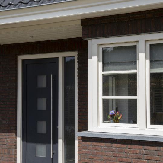 https://www.leonpeterskozijnen.nl/wp-content/uploads/2020/07/Leon20-540x540.jpg