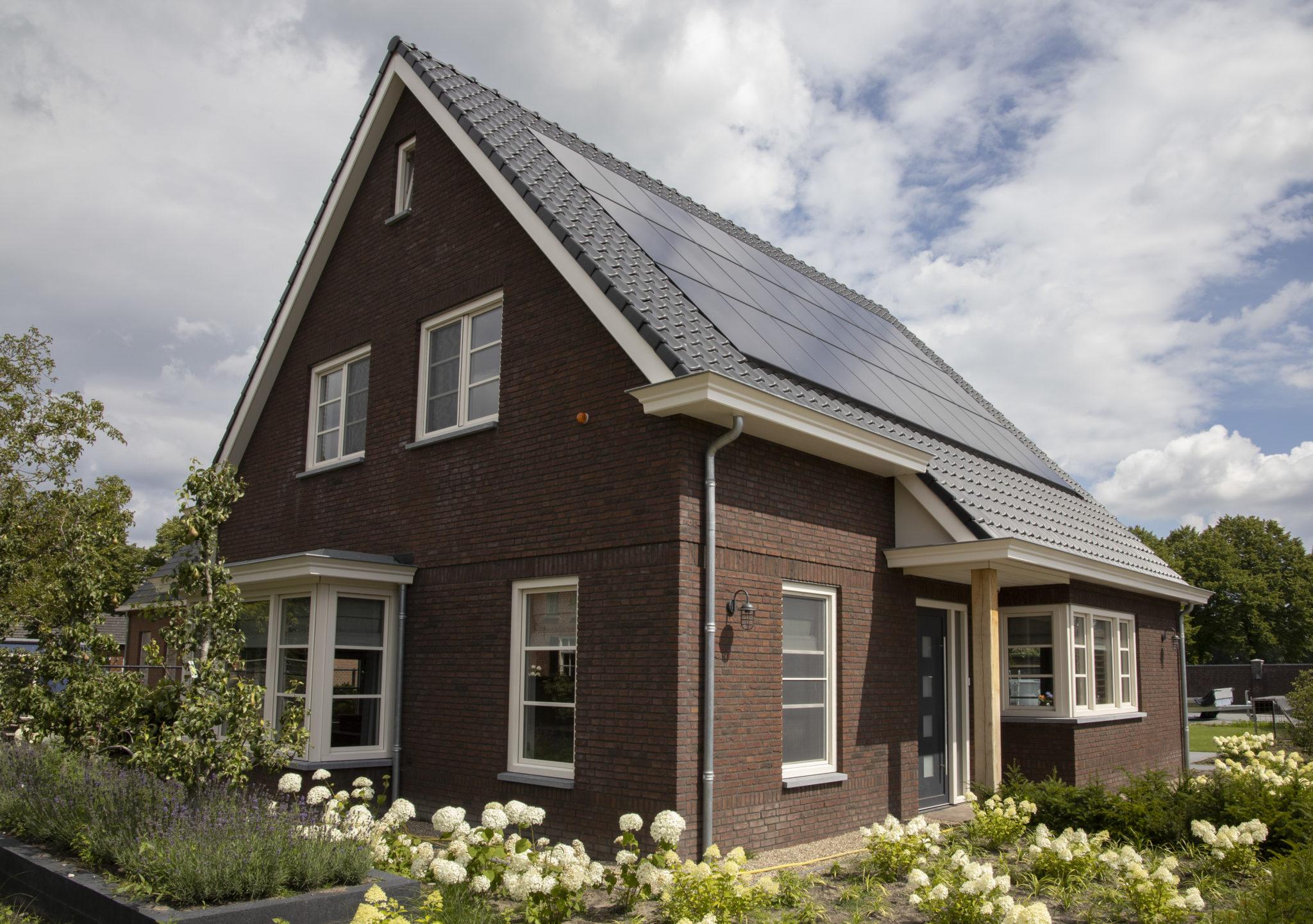 https://www.leonpeterskozijnen.nl/wp-content/uploads/2020/07/Leon23-scaled.jpg